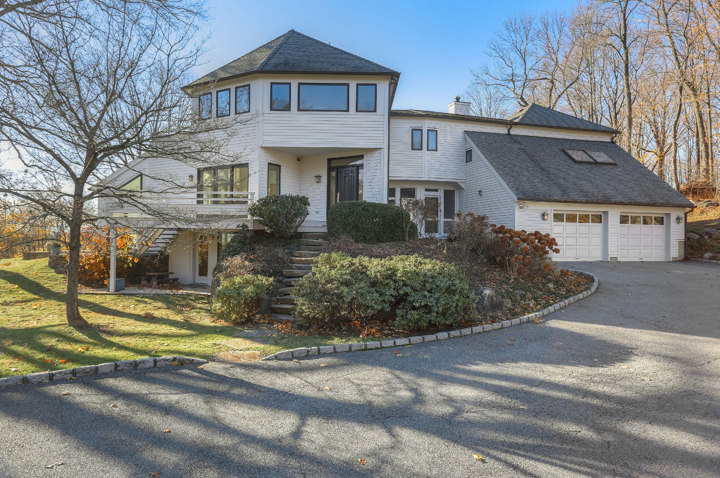 114 Byram Lake Road, Mount Kisco, NY - USA (photo 1)