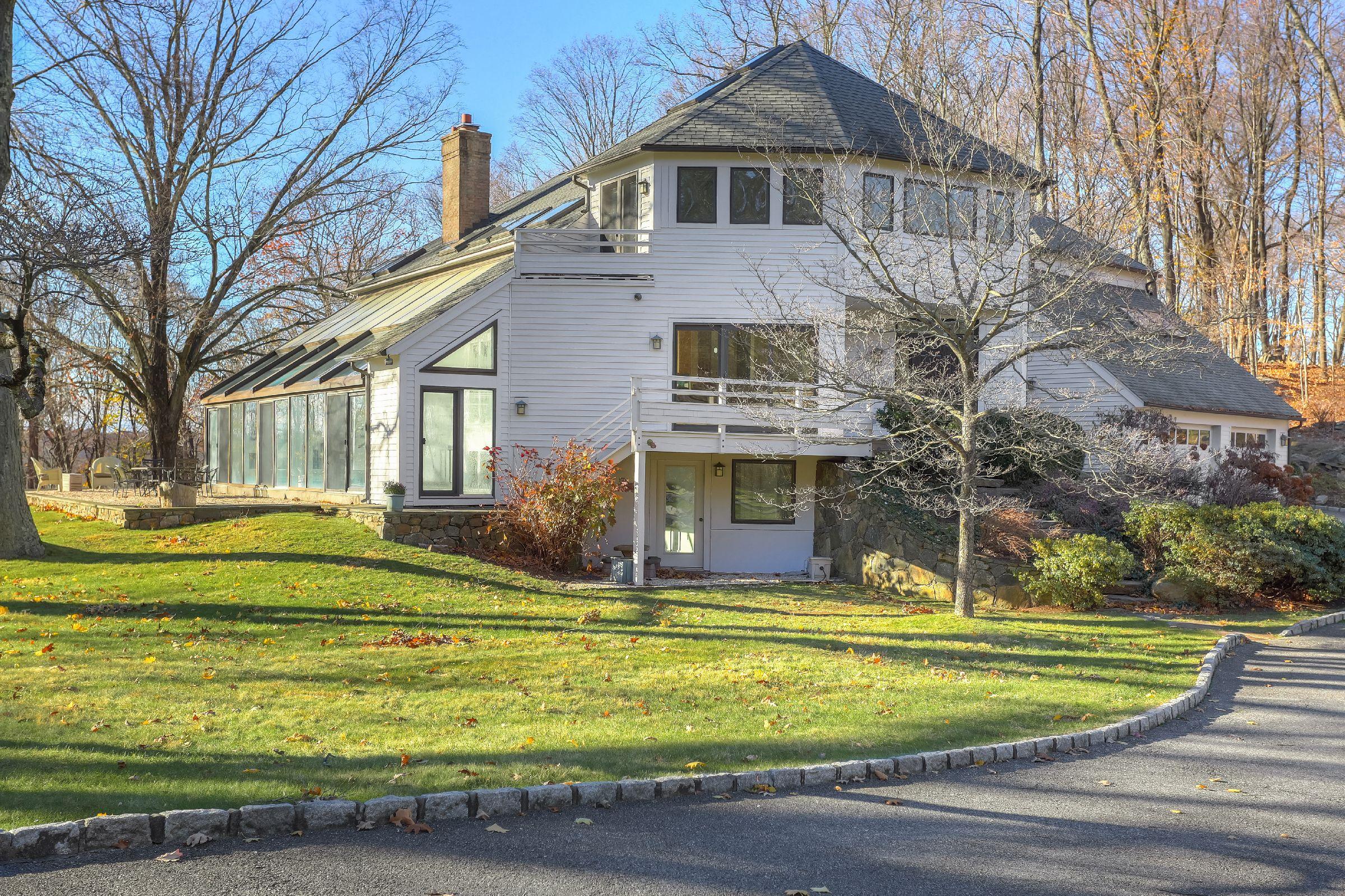 114 Byram Lake Road, Mount Kisco, NY - USA (photo 2)